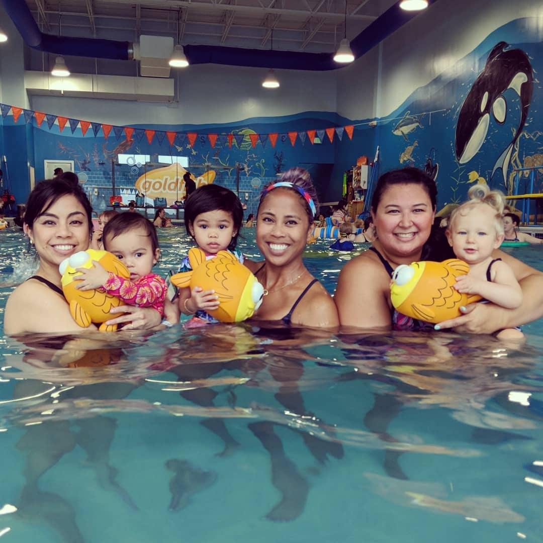 Playdate at the pool! - Vera Heimlich
